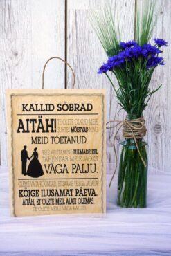 Kallid sõbrad pulma puitalus